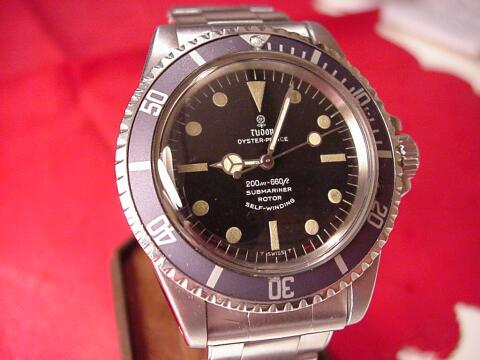 Tudor Submariner dial - click to enlarge